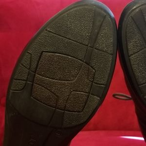 "Naot Shoes - ""NAOT"" ANKLE BOOTS SIZE 41 EU/ 10 US"